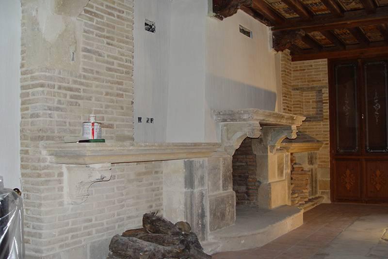 Reforma de preciosa chimenea con Showroom-home.